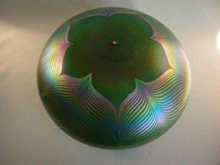 Quezal Green Dome Shade